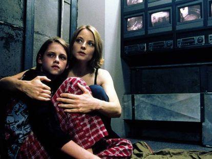 Imagen de 'La habitación del pánico' (2002), de David Fincher.