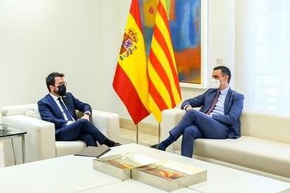 Pedro Sánchez y Pere Aragonés reactivaron el diálogo sobre Cataluña una semana después de los indultos.