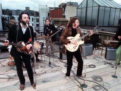 Los Beatles, en su concierto en la azotea del edificio de Apple en Londres, su última actuación en enero de 1969.