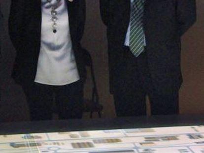 La ministra, Ana Pastor, durante la reunión que mantuvo con el director del puerto de Ashdod, Gidedon Sittermandurante su viaje a Israel