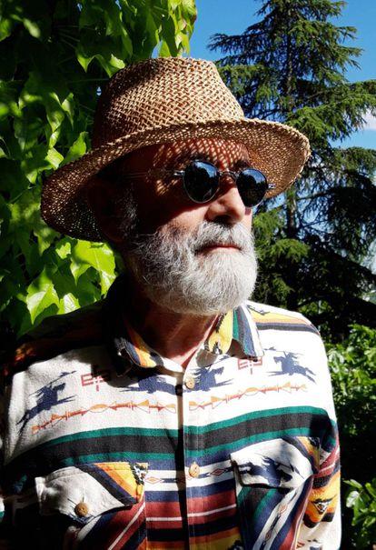 Luis Gómez-Escolar, en una imagen actual cedida por él mismo a ICON. Tras todos estos años sigue con misma predisposición a no acudir a fiestas.