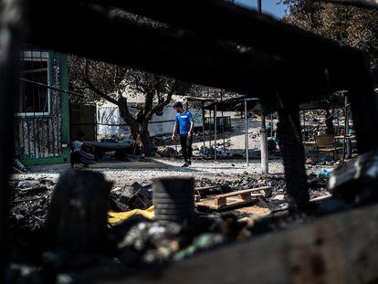 El campo de refugiados de Moria, en Lesbos, una semana después de haber sido arrasado por las llamas.