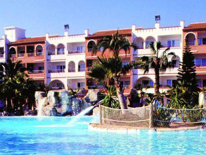 Muere un hombre de 56 años en una piscina en una urbanización en Vera (Almería)