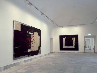 Vista de la sala de la exposición Referencias, celebrada en el Reina Sofía en 1986.