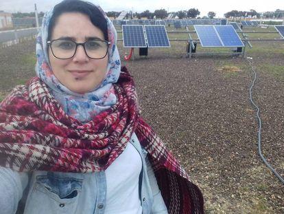 Imagen del perfil de Facebook de la periodista marroquí Hajar Raissouni.
