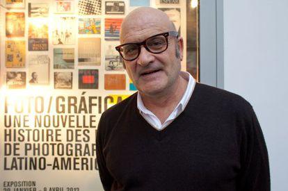 Horacio Fernández, comisario de la exposición 'Foto/Gráfica' en Le Bal (París).