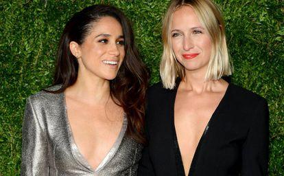 Meghan Markle y, a la derecha, Misha Nonoo, en los premios CFDA/ Vogue Fashion Fund en noviembre de 2015 en Nueva York.