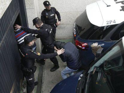 Al menos diez de los detenidos en la operación antidroga desarrollada en el sur de Galicia.