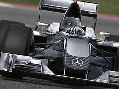 Uno de los primeros diseños del monoplaza que Daimler proyectó para la nueva temporada (foto realizada por ordenador)