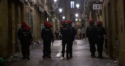 Desalojo policial de la parte vieja de San Sebastián.