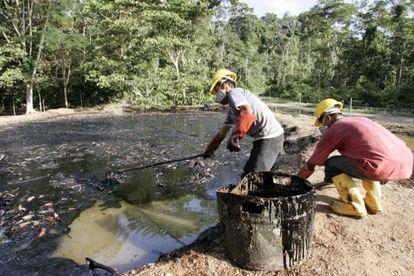 Pozo contaminado en Ecuador en 2013.