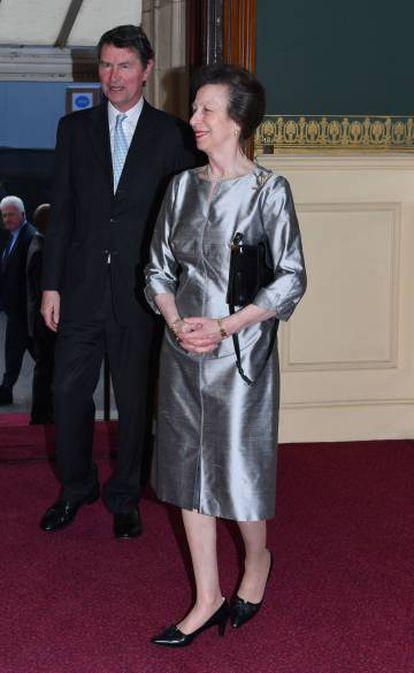 Ana Inglaterra, con su marido.
