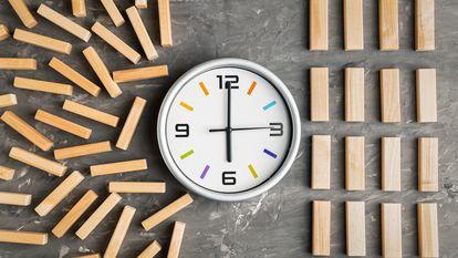Los empleados que han pasado año y medio teletrabajando tienen que retomar rutinas como calcular trayectos para ir y volver de la oficina.
