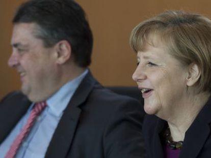 La líder alemana Angela Merkel durante una reunión de este miércoles en la Cancillería en Berlín.