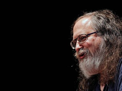 Richard Stallman, ex presidente de la Free Software Foundation, durante una conferencia en Pamplona en 2016.