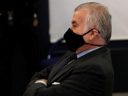 Luis Bárcenas, durante la primera sesión del juicio por la presunta caja 'b' del PP celebrada el pasado 8 de febrero.