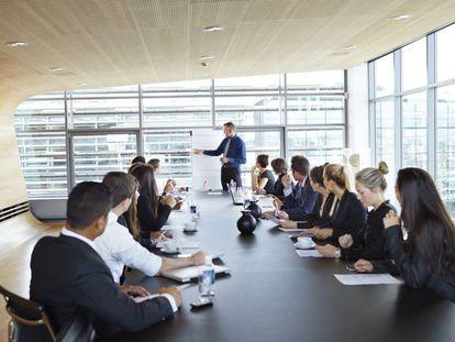 La CNMV exigió en enero pasado un 40% de mujeres en los consejos de las empresas del Ibex35.