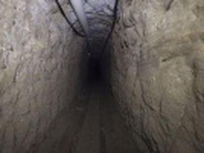 EL PAÍS entra en el pasadizo que el narcotraficante utilizó para huir de la prisión de máxima seguridad de El Altiplano