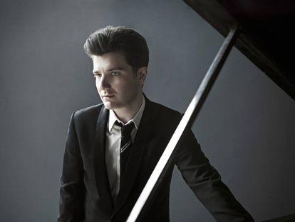 El pianista italiano Alessio Baxl.