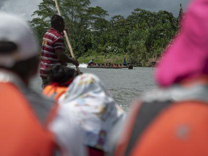 """""""Ves muertos, pasas hambre y te violan"""", los testimonios de los migrantes que sobrevivieron a la selva del Darién"""