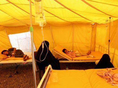Un centro de tratamiento de cólera en Saná, Yemen.