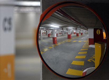 Inauguración del aparcamiento disuasorio de la ciudad universitaria, junto a la facultad de Ciencias de la Información.