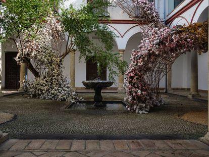 Instalación de Flor Motion ganadora del primer premio en el Festival Flora 2019 (Córdoba).