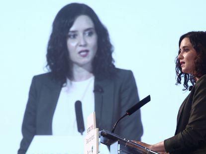 La presidenta de la Comunidad de Madrid y candidata a la reelección por el PP, Isabel Díaz Ayuso, en un acto en Madrid este lunes.