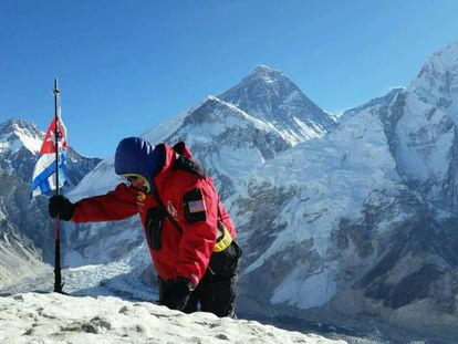 José Antonio Soto en el campo base del Everest.