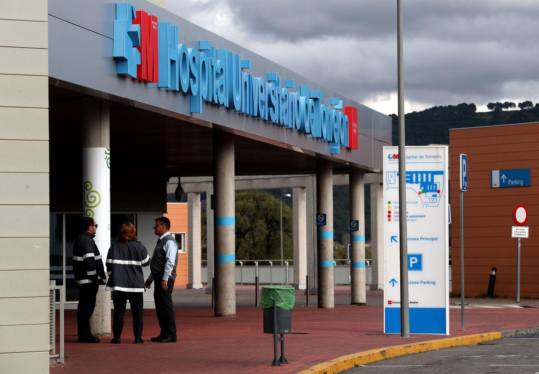 Entrada al Hospital Universitario de Torrejon de Ardoz.