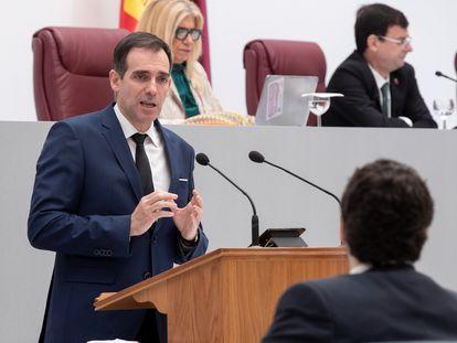 Juan José Liarte, durante una intervención en la asamblea de Murcia.