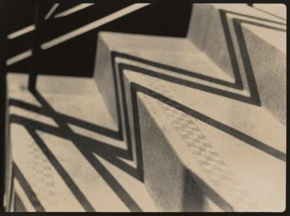 'Escaleras', 1937.