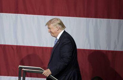 El candidato republicano Donald Trump en un acto de campaña en Indiana
