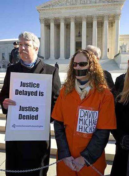 Manifestación por la libertad de Michael Hicks ante el Supremo de EE UU.