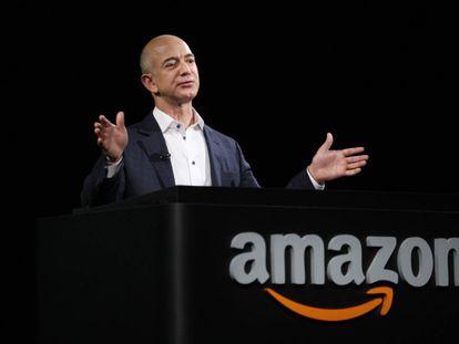 Jeff Bezos, durante una presentación de Amazon.