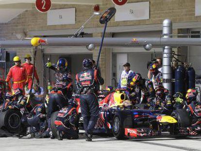 Sebastian Vettel realiza un pit stop en el Gran Premio de Estados Unidos