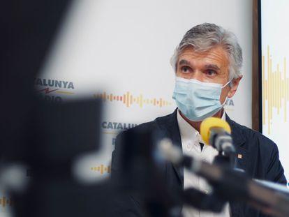 El consejero de Salud de la Generalitat de Cataluña, Josep Maria Argimon, en los estudios de Catalunya Ràdio en una imagen cedida por la emisora.