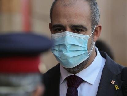 El consejero del Interior, Miquel Buch, llegando la Parlament el pasado 24 de abril.