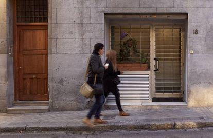Local convertido en vivienda en la zona de La Latina, en Madrid.