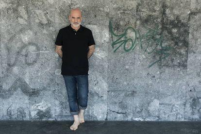El escritor Fernando Aramburu, en San Sebastián.