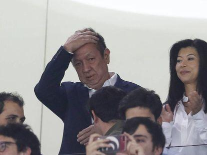 Peter Lim, en el palco de Mestalla en mayo de 2019.