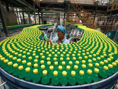 La automatización va camino de vaciar las fábricas de humanos.