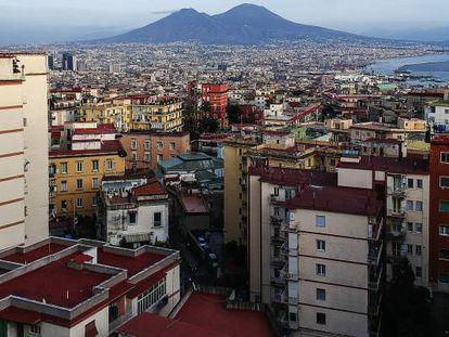 Vista general de Nápoles, Italia.