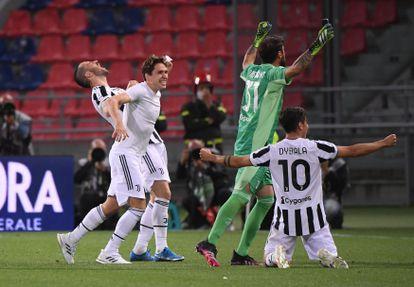 Los jugadores de la Juventus celebran la clasificación para la Champions en la última jornada.