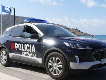 Vehículo patrulla de la policía local de Cartagena (Murcia).