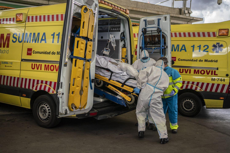 24 de octubre. La segunda ola amenaza con desbordar la capacidad de los hospitales españoles