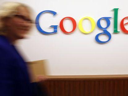 El precio de las acciones de Google cayó un 8% a lo largo del pasado año.