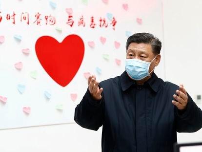 El presidente chino, Xi Jinping, durante una inspección a los trabajos contra el coronavirus