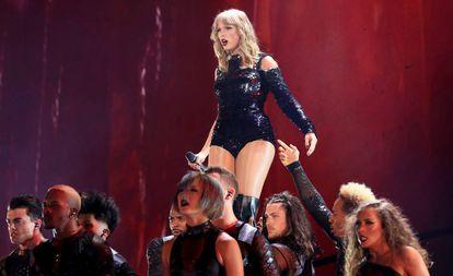 Taylor Swift durante su última actuación en el estadio Rose Bowl en Pasadena (California) el pasado mayo