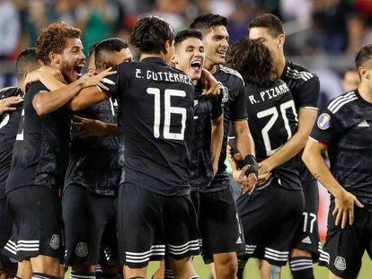 La selección de México celebra su victoria en la final de la Gold Cup 2019.